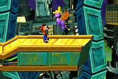 2 in 1 - Crash Bandicoot Purple - Ripto's Revenge and Spyro Orange - The Cortex Conspiracy (U) [2420] - screen 2